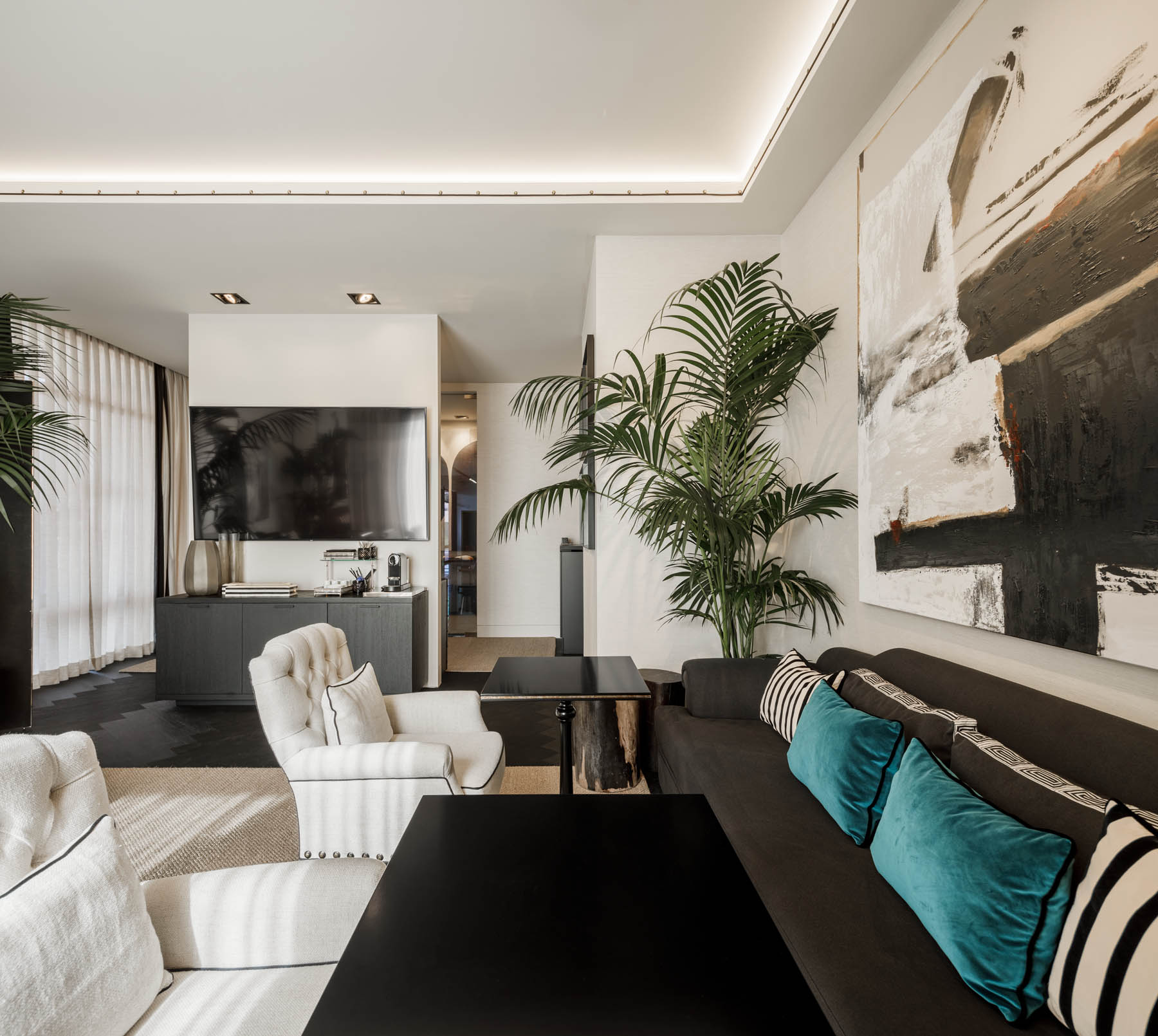Safeport opens new Cascais Lounge